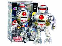 Робот на пульте управления Play Smart «Защитник планеты» стреляет дисками (звук, свет, движение, фразы) 9186