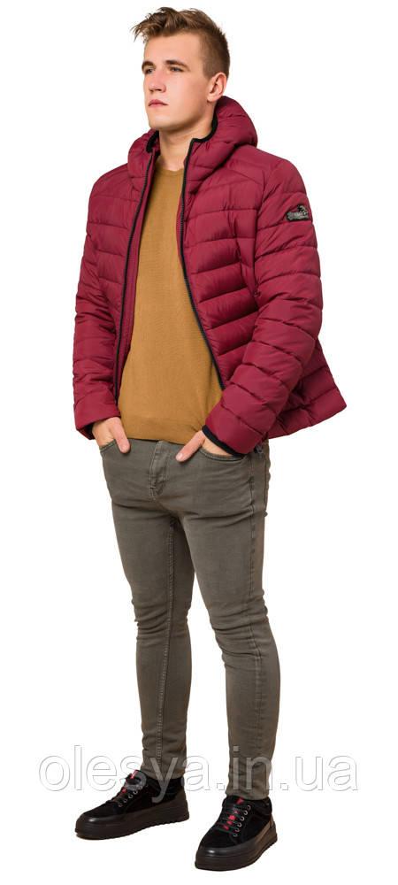 Бордовая мужская куртка качественного пошива модель 40962