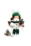 Текстильная кукла ручной работы с зимним букетом и санками--