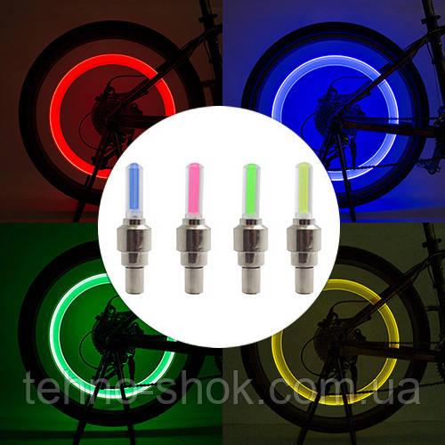 Велосипедний золотник велосипедний ліхтар 817, 1 колір, 1 LED, 3xLR1130