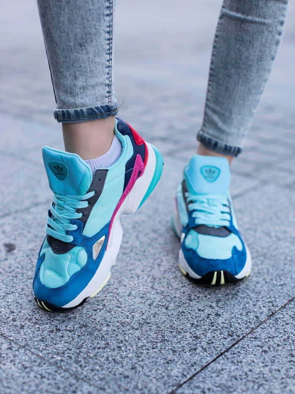 Жіночі Кросівки Adidas Falcon