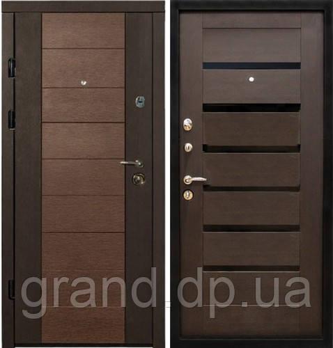 Двери металлические входные квартирные Магда 600/3 венге магия/608 венге южное
