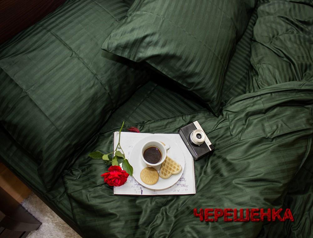 Семейный набор хлопкового постельного белья из Страйп Сатина №505918 Черешенка™