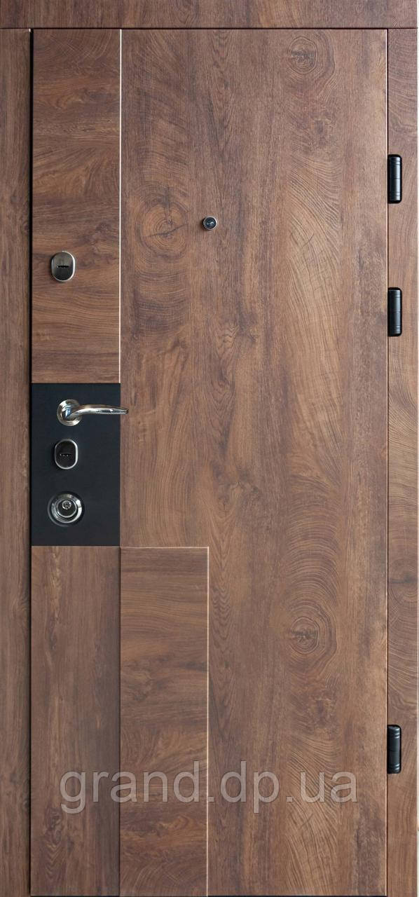 Двери металлические входные квартирные Магда 615/3 спил дерева коньячный/607 спил дерева медовый