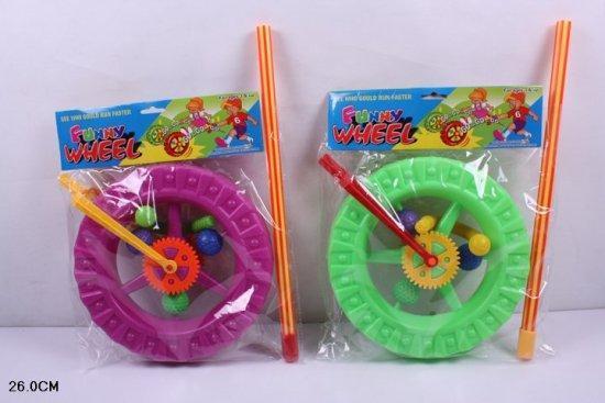 Каталочка колесо 3 види діаметр колеса 23 см довжина ручки 43 см у пакеті  069
