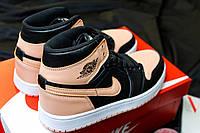 Жіночі кросівки Nike Air Jordan Retro High Peach/Black, фото 1