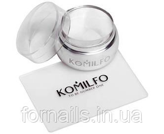 Komilfo штамп и скрапер (прозрачный) 5*7 см