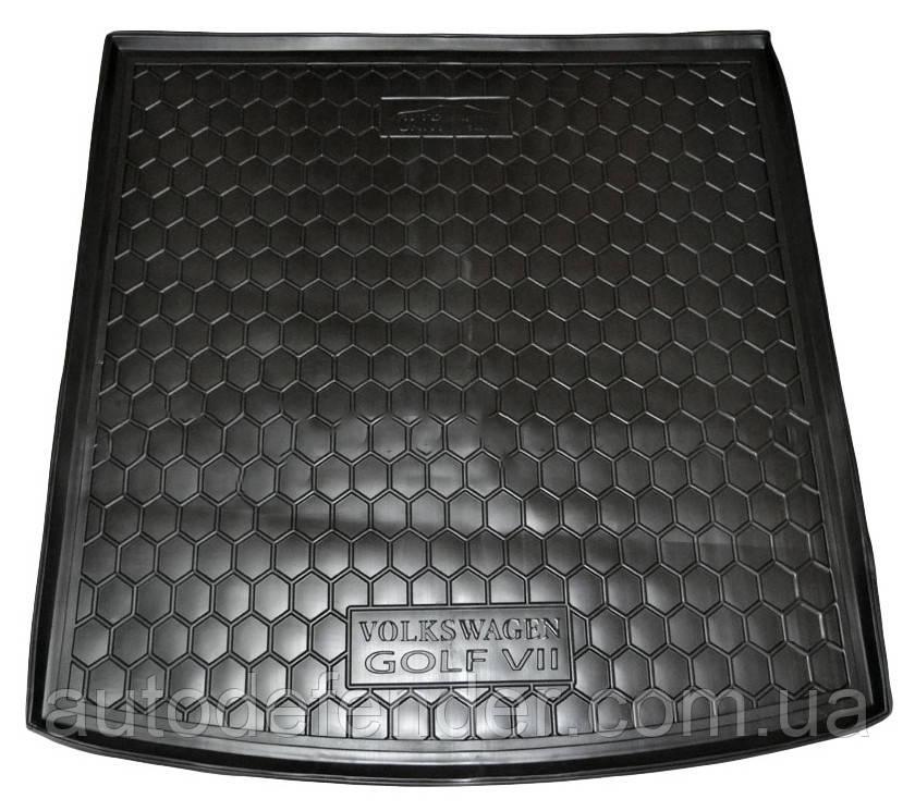 Коврик в багажник для Volkswagen Golf VII 2012-, универсал, резиновый (полиуретановый) Avto-Gumm