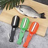 Рыбочистка Fish Scales Wiper Cleaning зеленая   нож скребок для чистки рыбы с контейнером для чешуи, фото 3