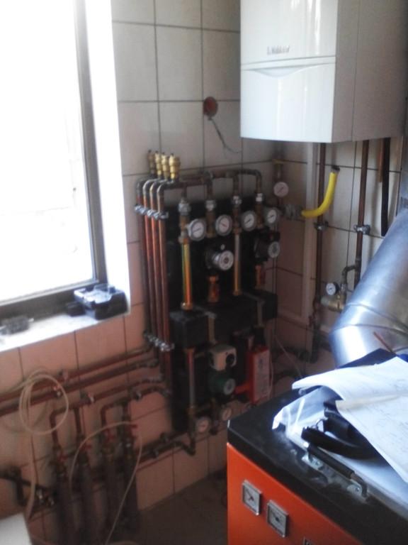 Котельная - конденсационный газовый котел Vaillant + твердотопливный котел ОРОР (дрова + уголь)