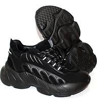 Зимние женские кроссовки на массивной подошве, короткие женские ботинки на шнуровке зима черного цвета