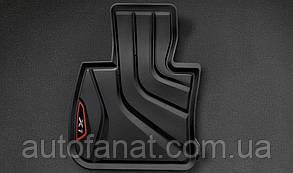 Оригинальные передние коврики салона BMW X1 (F48) Sport черные/красные (51472365854)