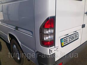 Хром накладки на стопы, окантовка задних фонарей  Mercedes Sprinter W901 1995-2006г.