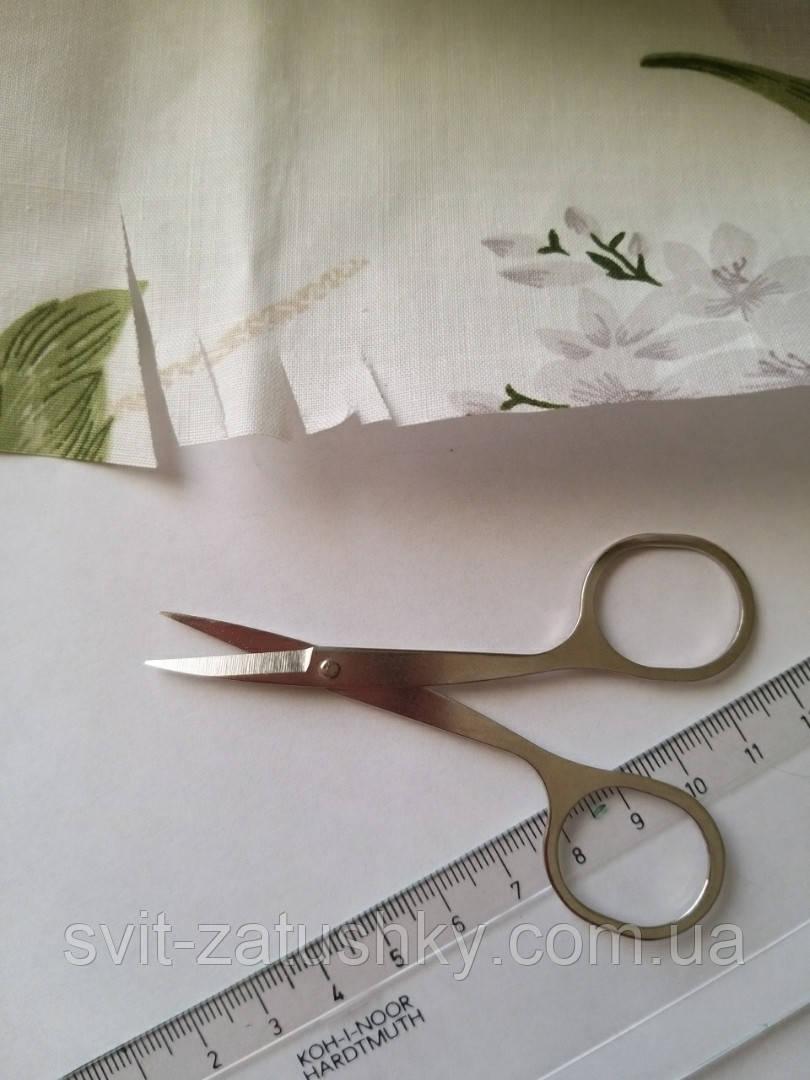 Ножиці цільнометалеві для рукоділля довжиною 9 мм.