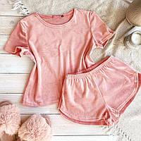 Женская велюровая пижама футболка и короткие шорты