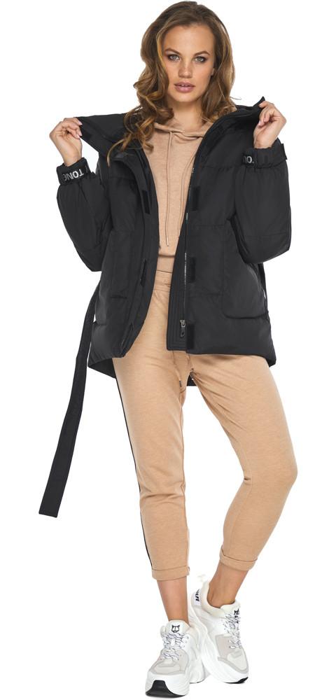 Короткий пуховик зимний женский черный модель 21045