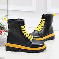 Эффектные яркие черные женские ботинки на желтой шнуровке, фото 1