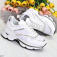 Эффектные белые текстильные женские кроссовки стразы по доступной цене, фото 1