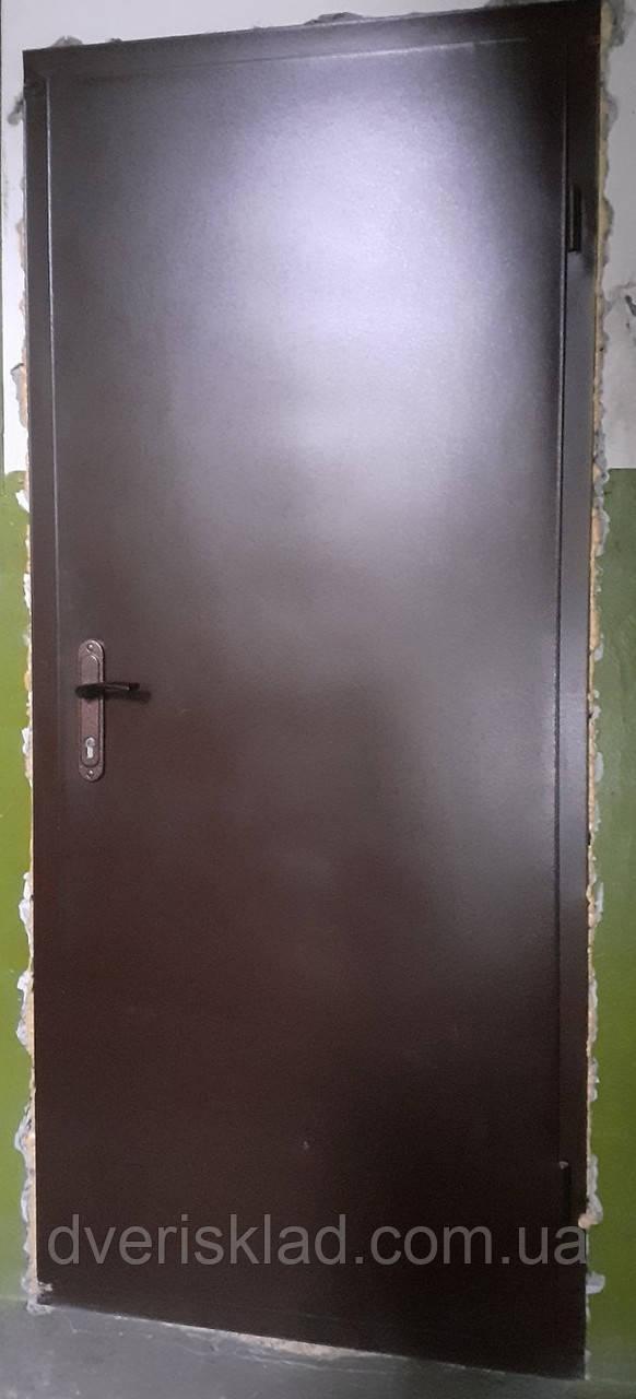 Вхідні двері технічні метал / метал 860, ліві