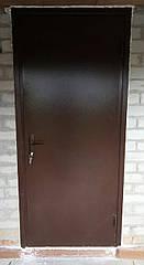 Двери входные стандарт высота 1900 мм на 950мм. Утепленные с отделкой.