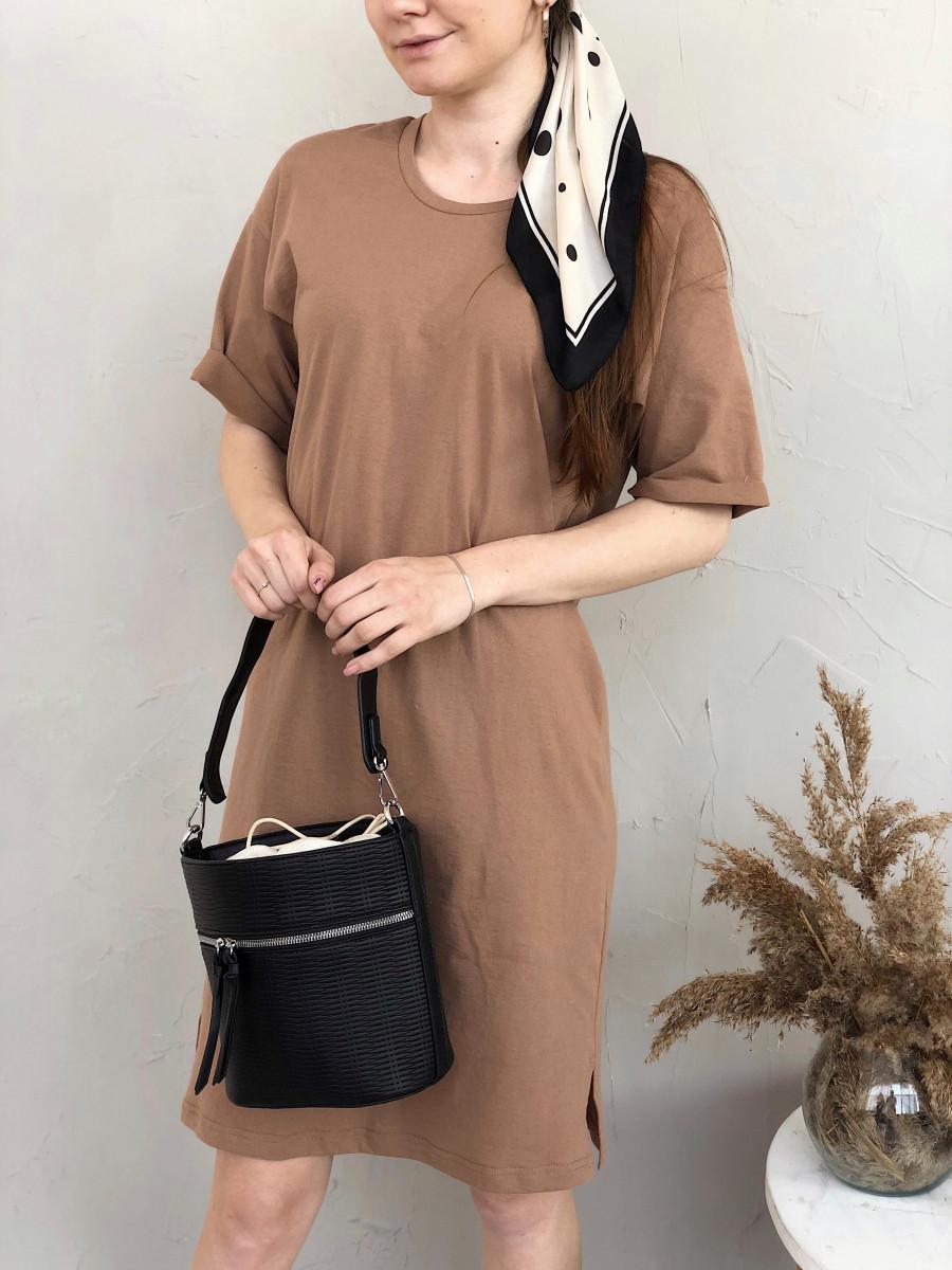 Однотонное платье-футболка песочное