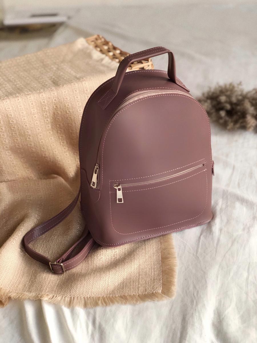 Рюкзак ROMASHKA из мягкой эко кожи с карманом на молнии темная пудра