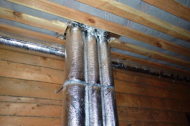 Выход изолированных каналов вентиляции на второй этаж дома.