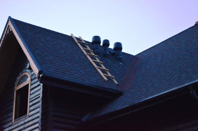 Организация вентиляции в деревянном доме (вентиляторы для принудительной вентиляции).