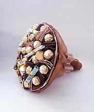 Букет из конфет мужчине  Денежный оригинальный вкусный подарок для мужчине