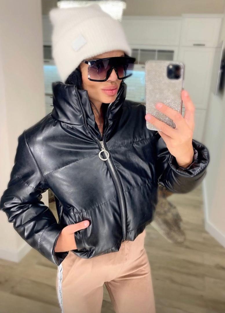 Жіноча стильна тепла куртка з еко-шкіри на силікон (Норма)