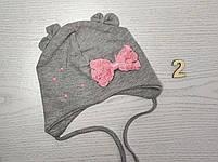 Шапочка трикотажная для девушек с бантиком на завязках Размер 42-44 см Возраст 3-7 месяцев, фото 4