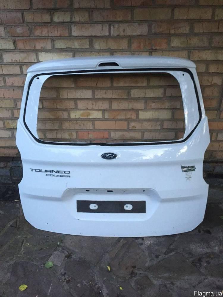 Накладка двери багажника Ford Focus 3 от2011-гг