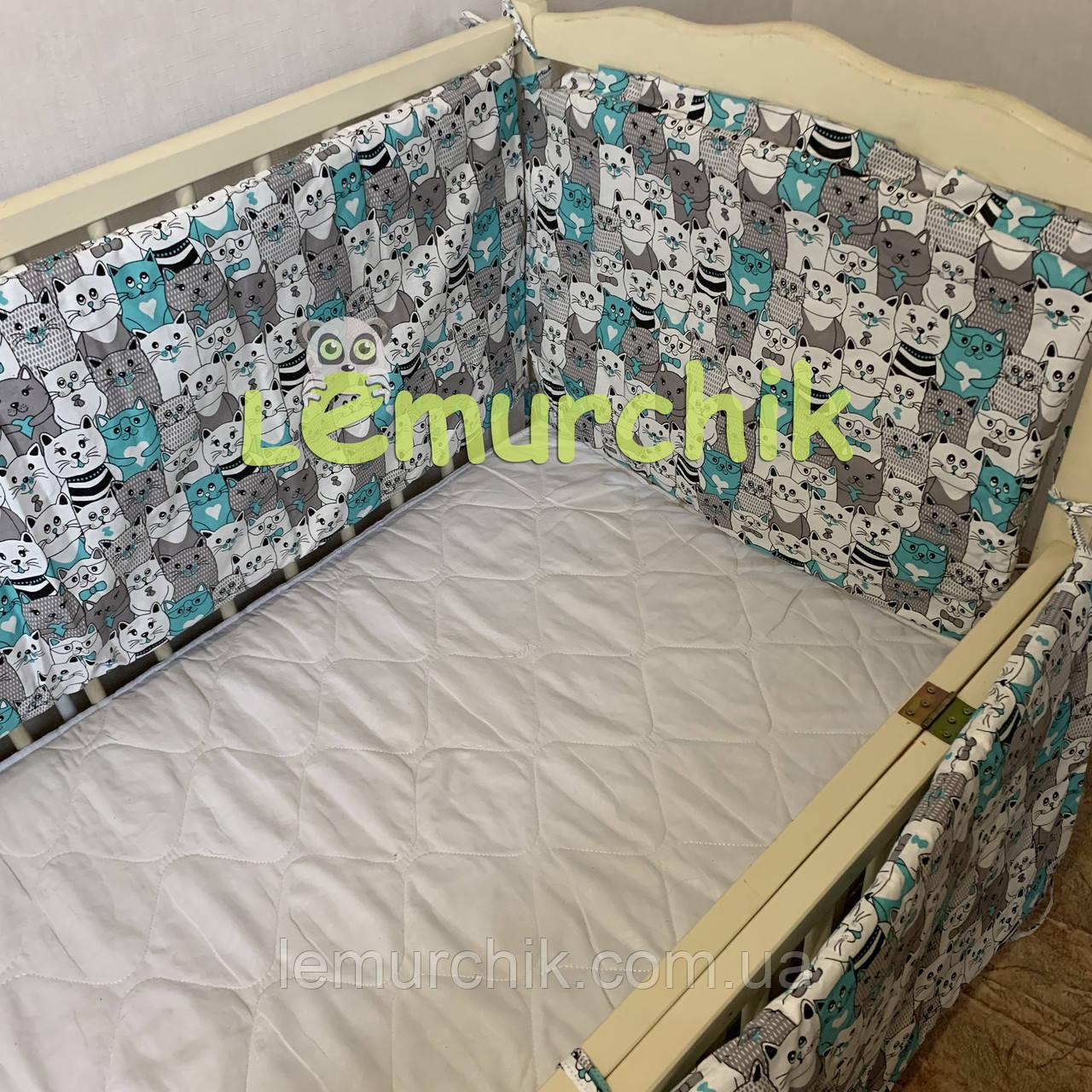 """Защита для детской кроватки 120х60 см, """"Котики"""" бирюзовая"""