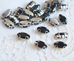 Стразы стеклянные Маркиз (Лодочка) 4х8 мм, в оправе, черные