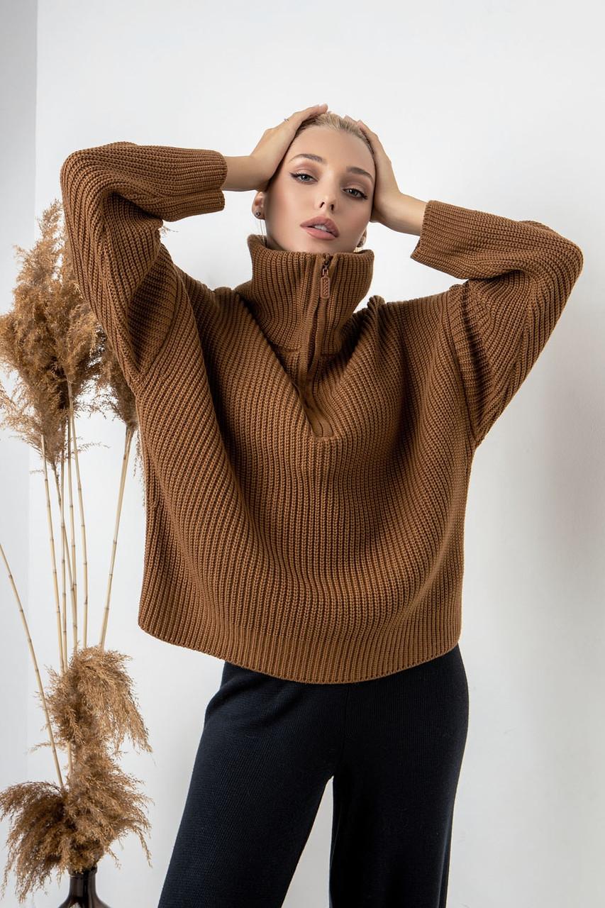 Теплый вязанный свитер коричневого цвета. Модель 2013. Размеры 42-52