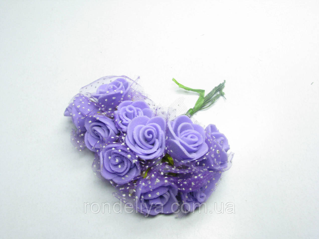 Цветок Роза с фатином фиолетовая