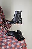 Ботильоны женские кожаные черные с расклешенным каблуком, зимние, фото 10