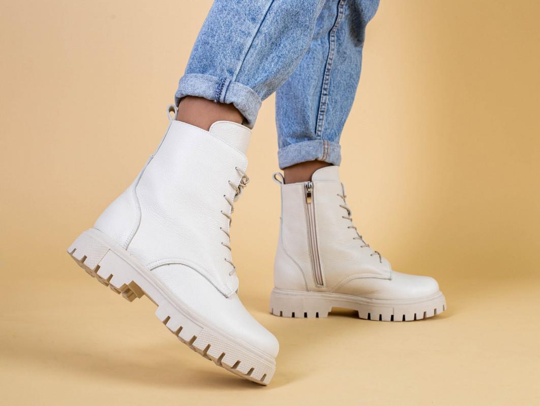 Ботинки женские кожа флотар бежевые, на шнурках, с молнией, зима