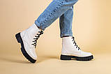 Ботинки женские кожаные бежевые на черной подошве, зимние, фото 3