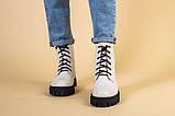 Ботинки женские кожаные бежевые на черной подошве, зимние, фото 4