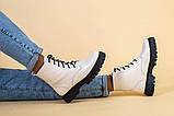Ботинки женские кожаные бежевые на черной подошве, зимние, фото 5