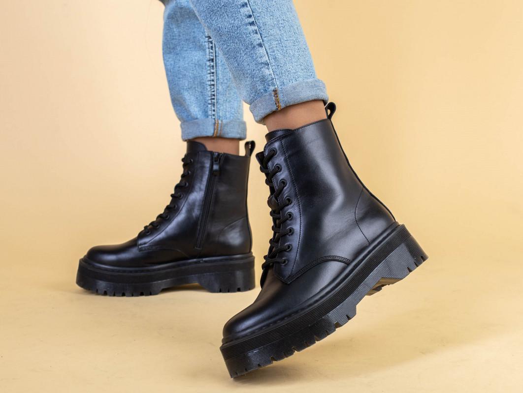 Ботинки женские кожаные черного цвета, зимние