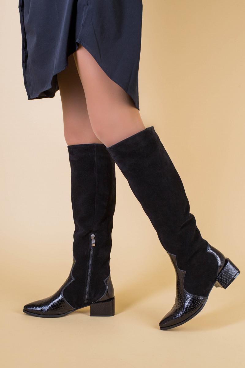 Сапоги женские замшевые черные с вставкой кожи питон, зима