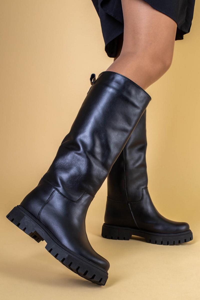 Сапоги-трубы женские кожаные черные зимние, без молнии