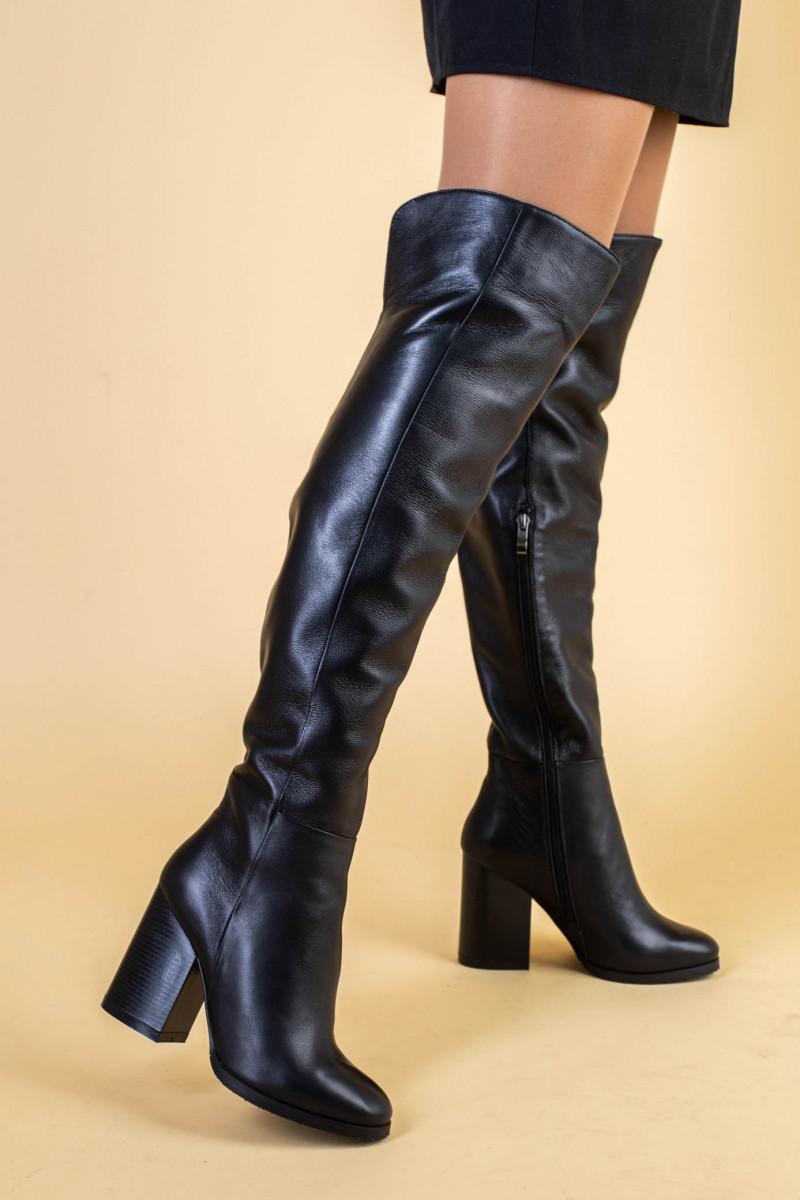 Ботфорты женские кожаные черные на каблуке, зимние