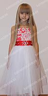 Бальное детское платье с атласным поясом украшенным бусинками