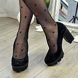 Женские черные замшевые туфли на высоком каблуке, декорированы стразами, фото 6