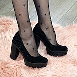 Женские черные замшевые туфли на высоком каблуке, декорированы стразами, фото 9