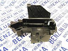 Ящик під інструмент Mercedes W212 / W204 / C207 A2128980914