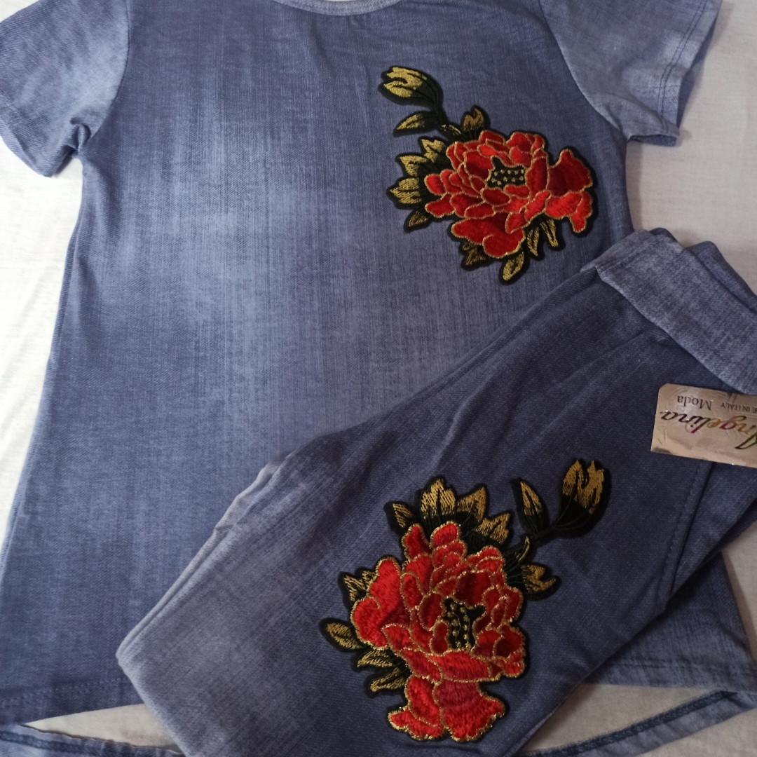 Костюм модный красивый нарядный оригинальный для девочки. В комплекте футболка с вышивкой и штаны с вышивкой.